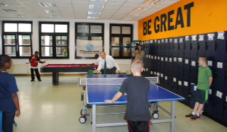 Youth Center Pong